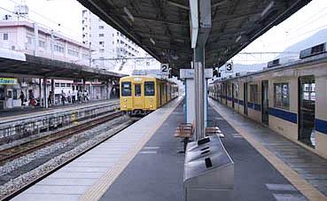 呉線・広駅-さいきの駅舎訪問