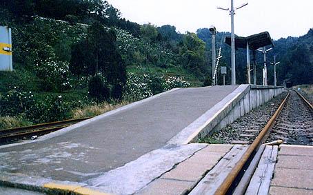 廃止路線の駅舎・大隅線5